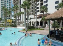 padhtl-pearl-south-padre-palapa-pool-bar-lifestyle-small